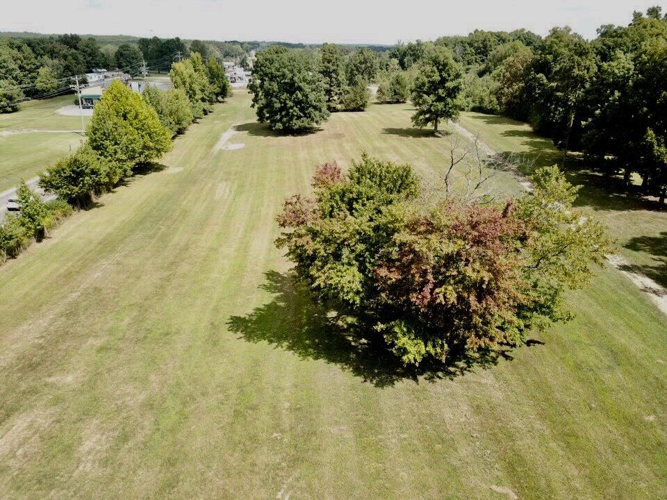 Property Image Of 2451 Fairview Blvd In Fairview, Tn
