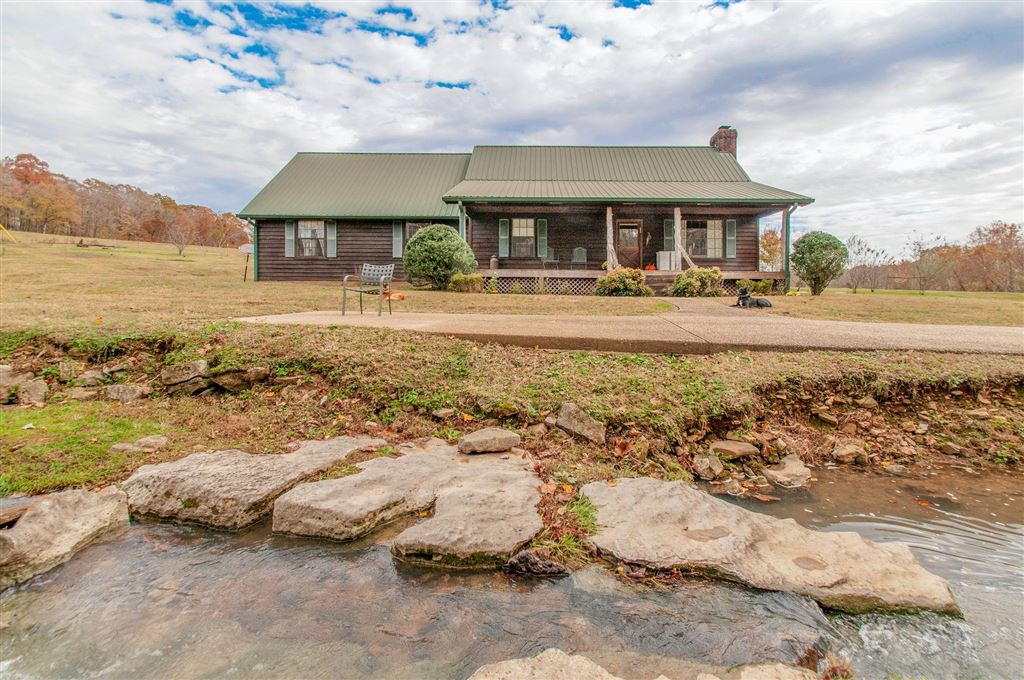 Property Image Of 1504 Highway 49 E In Charlotte, Tn