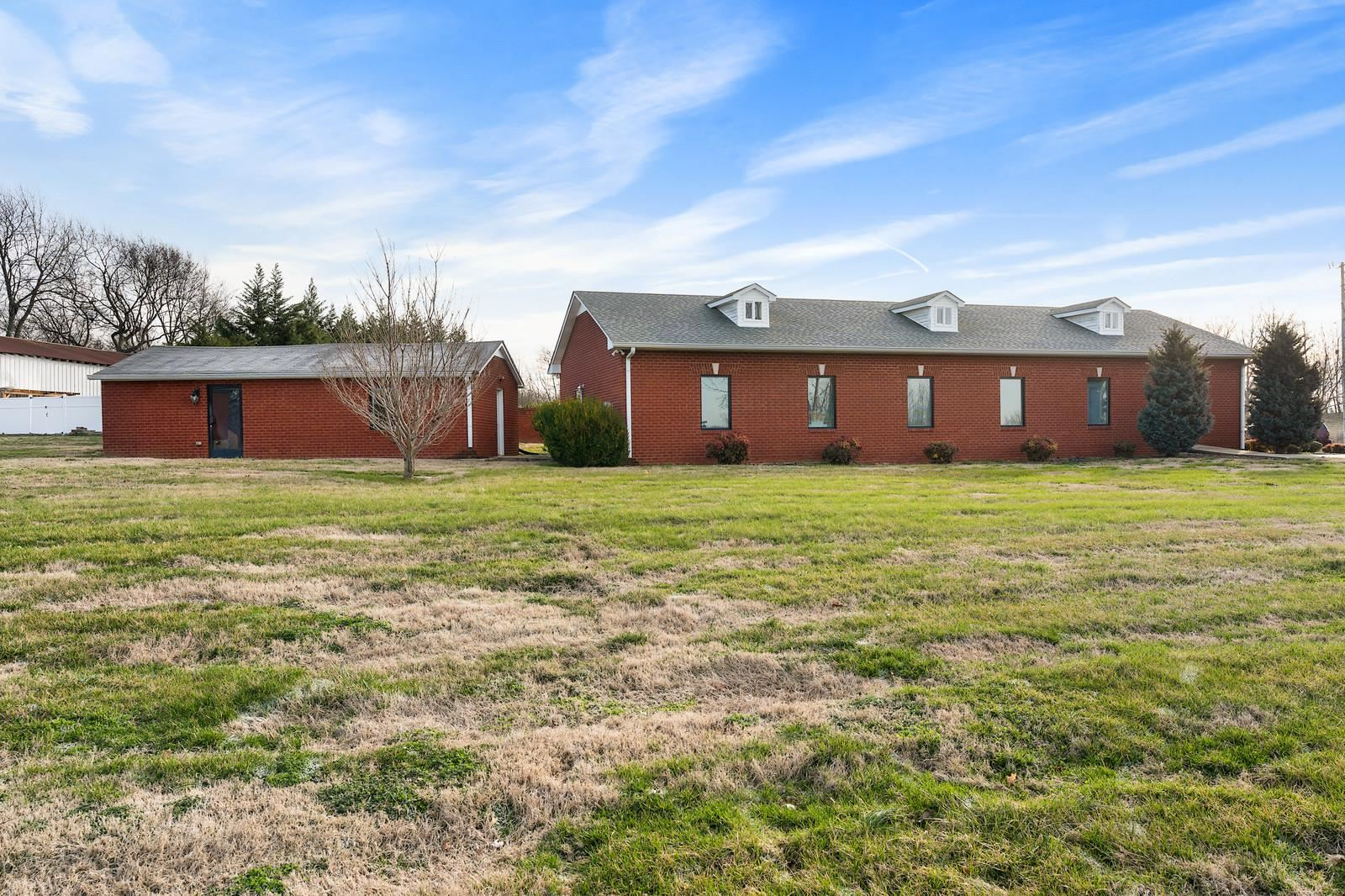 Property Image Of 2002 New Deal Potts Rd In Portland, Tn