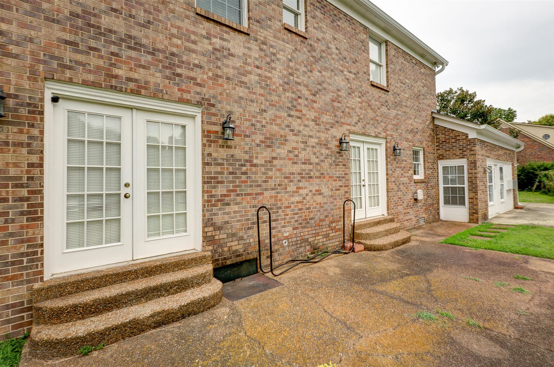 Property Image Of 1910 Greenland Dr In Murfreesboro, Tn