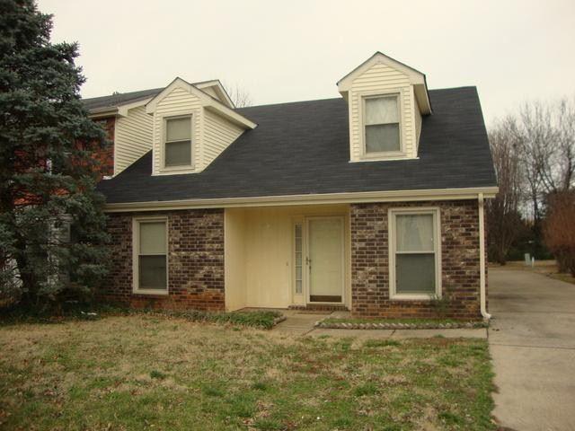 Murfreesboro                                                                      , TN - $1,200