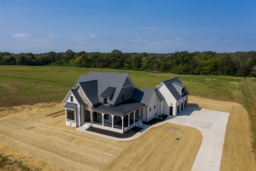 Property Image Of 7010 Beverly Ct In Christiana, Tn
