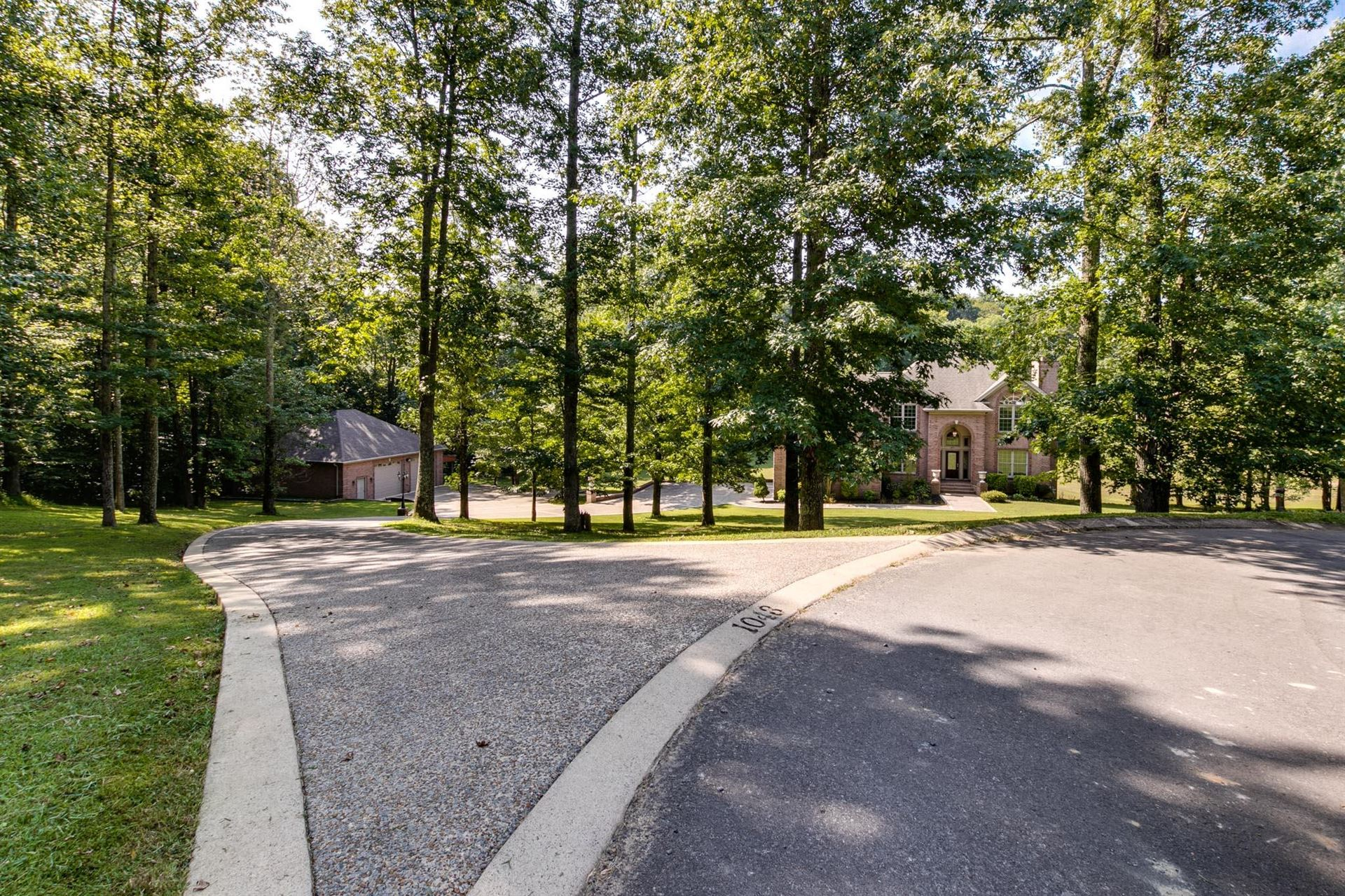 Property Image Of 1043 Washington Dr In Cottontown, Tn