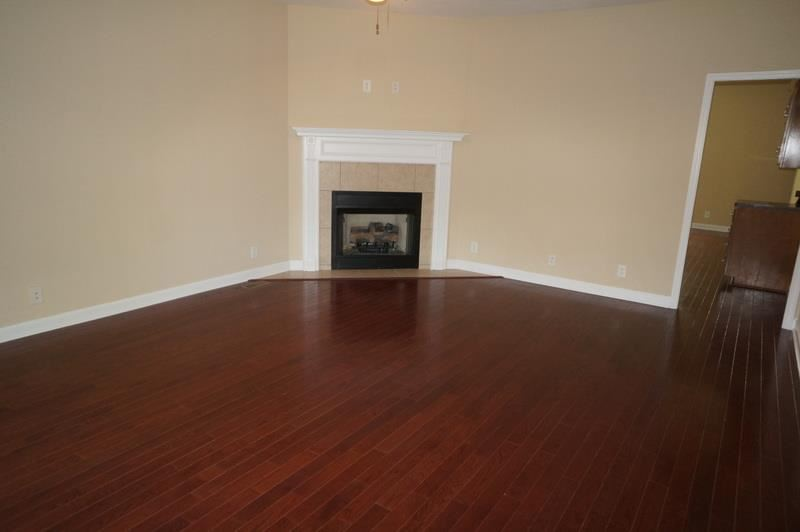 Property Image Of 942 Willow Cir In Clarksville, Tn