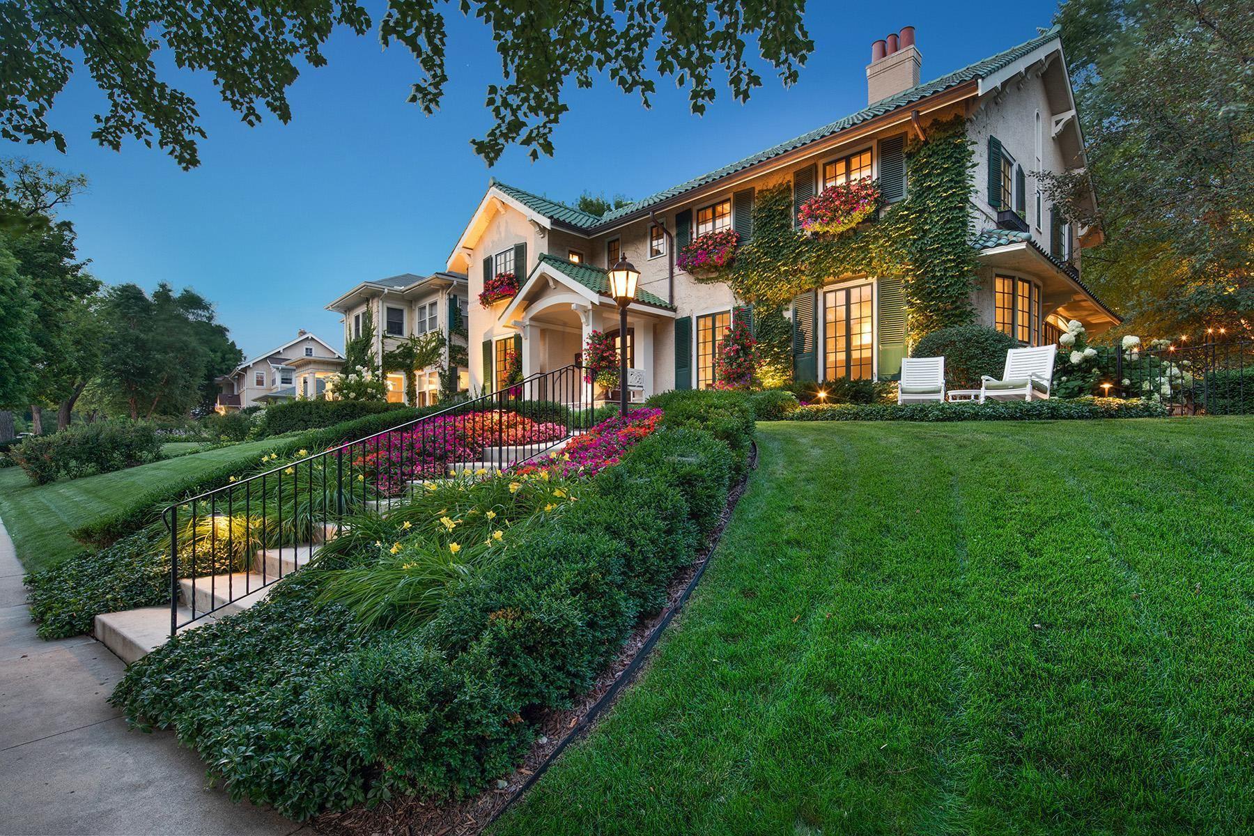 Minneapolis                                                                      , MN - $2,750,000