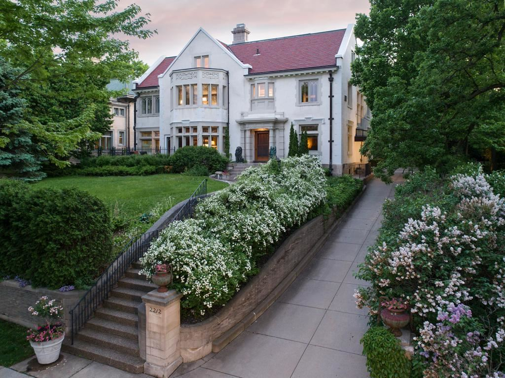 Minneapolis                                                                      , MN - $2,500,000