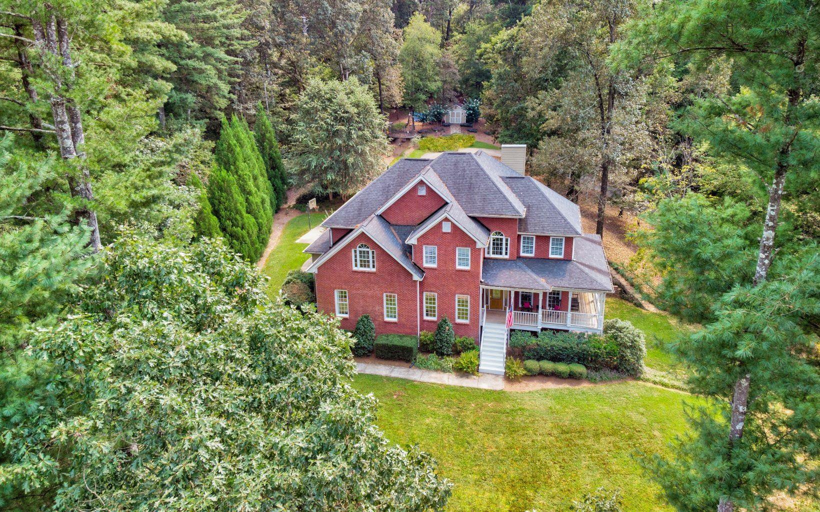 Ellijay                                                                      , GA - $549,000