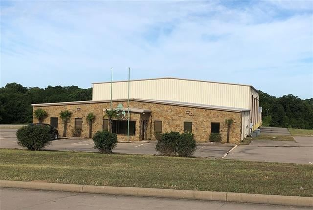 Property Image Of 335 Industrial Park Drive In Fairfield, Tx