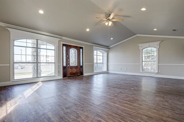 Property Image Of 6826 Military Parkway In Dallas, Tx