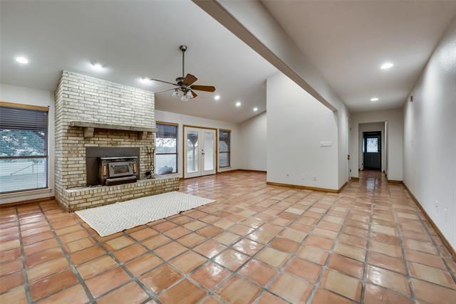 Burleson                                                                      , TX - $634,000
