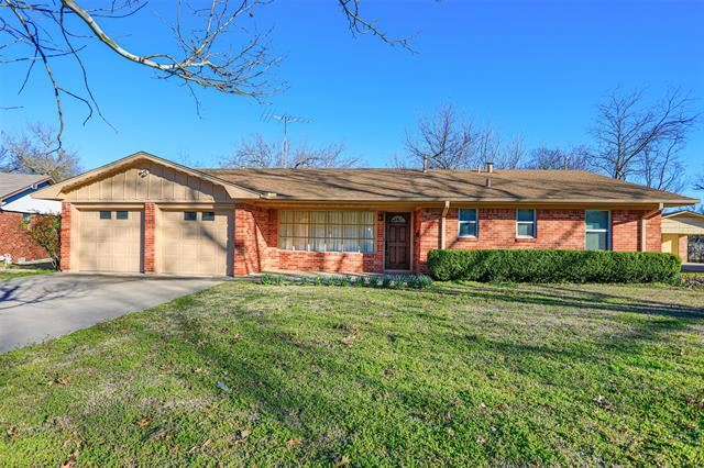 Property Image Of 1904 Laurel Road In Gainesville, Tx