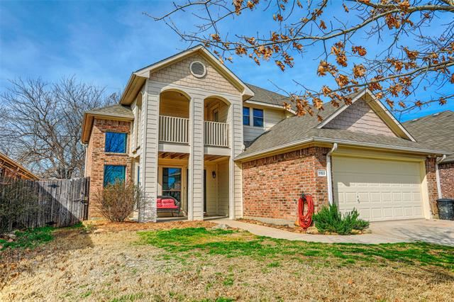 Property Image Of 1103 Vintage Avenue In Gainesville, Tx