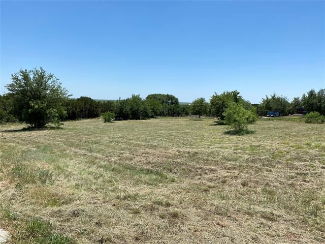 Property Image Of 126 English Court In Tuscola, Tx
