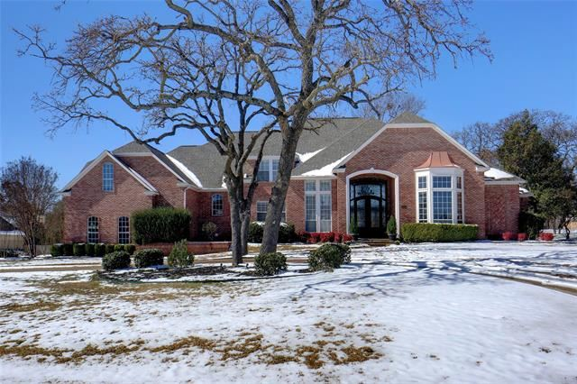 Flower Mound                                                                      , TX - $979,000