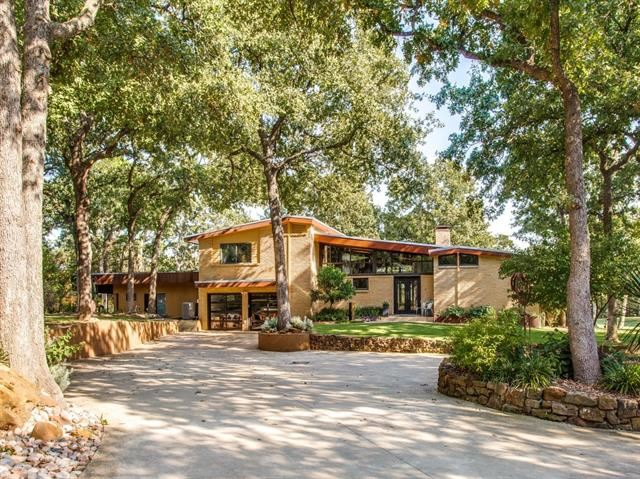 Flower Mound                                                                      , TX - $1,985,000