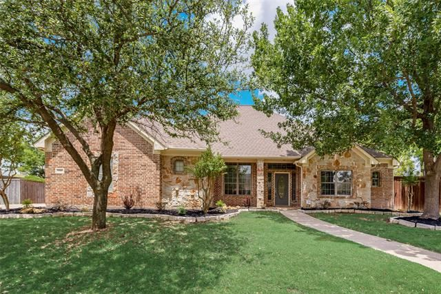 Property Image Of 2528 Russwood Drive In Flower Mound, Tx
