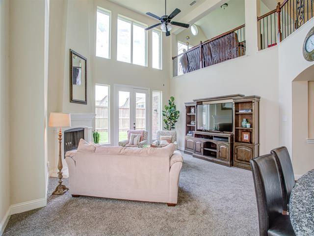 Property Image Of 901 Oglethorpe Lane In Savannah, Tx
