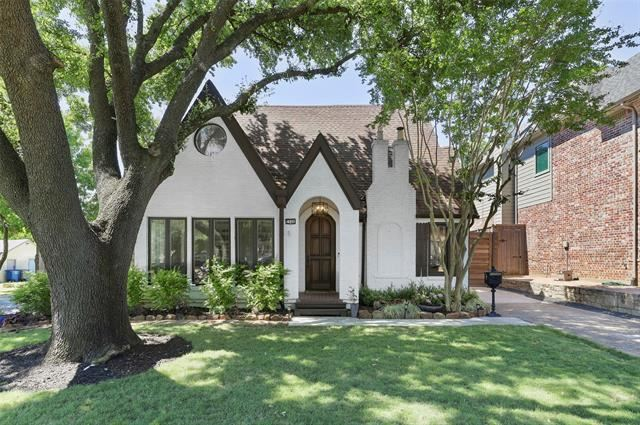 Property Image Of 5946 Vickery Boulevard In Dallas, Tx