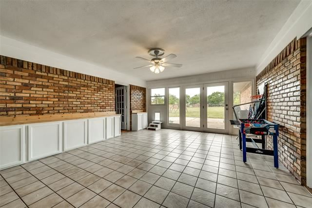 Property Image Of 173 Meadowlark Circle In Rockwall, Tx