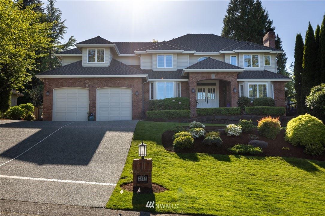 Redmond                                                                      , WA - $2,128,000