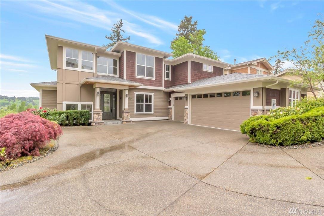 Redmond                                                                      , WA - $1,998,800
