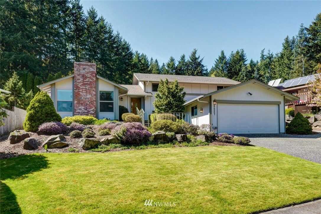 Redmond                                                                      , WA - $975,000