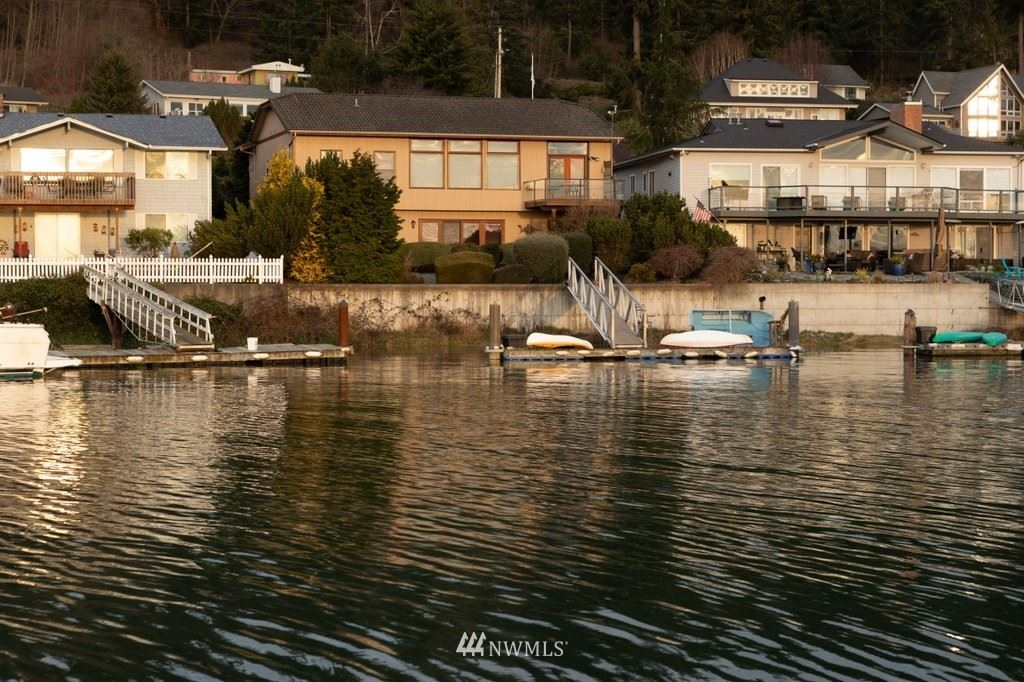 Oak Harbor                                                                      , WA - $799,000
