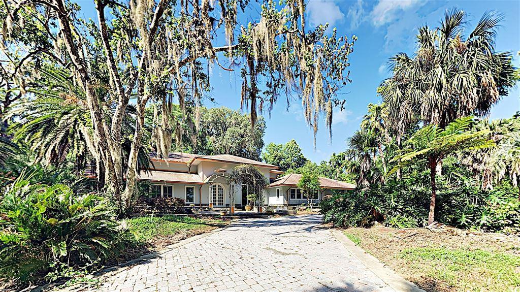 Ocala                                                                      , FL - $1,020,000