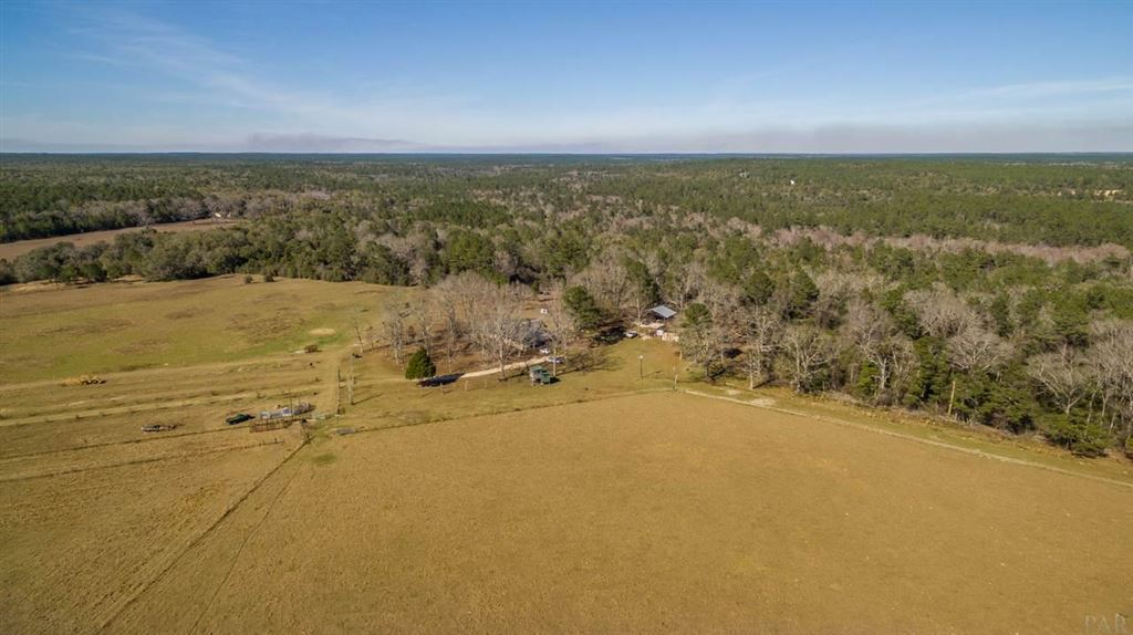 Property Image Of 6025 Lake Ella Rd In Crestview, Fl