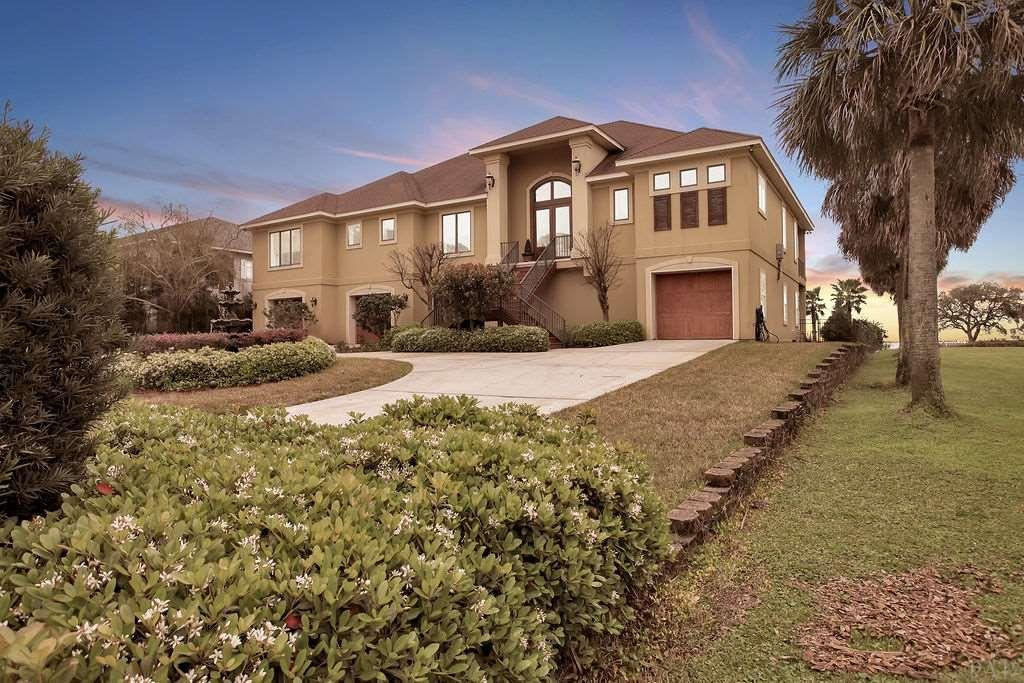 Gulf Breeze                                                                      , FL - $1,395,000