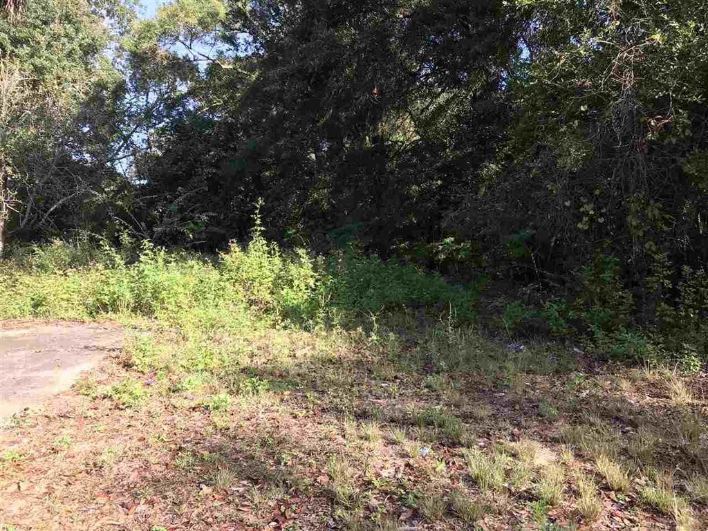 Property Image Of 600 Bullard Ave In Pensacola, Fl