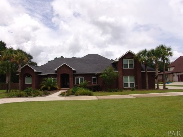 Pace                                                                      , FL - $749,000