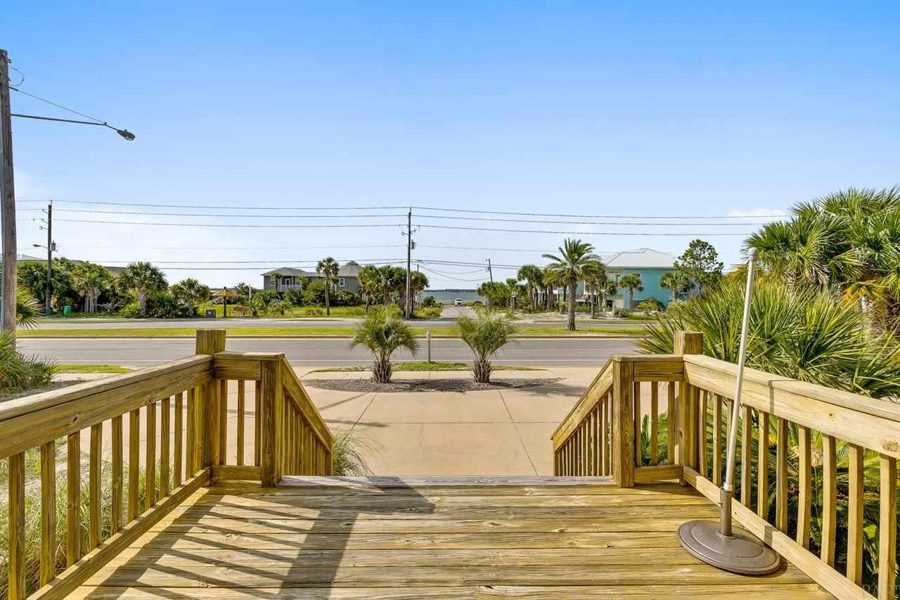Pensacola Beach                                                                      , FL - $595,000