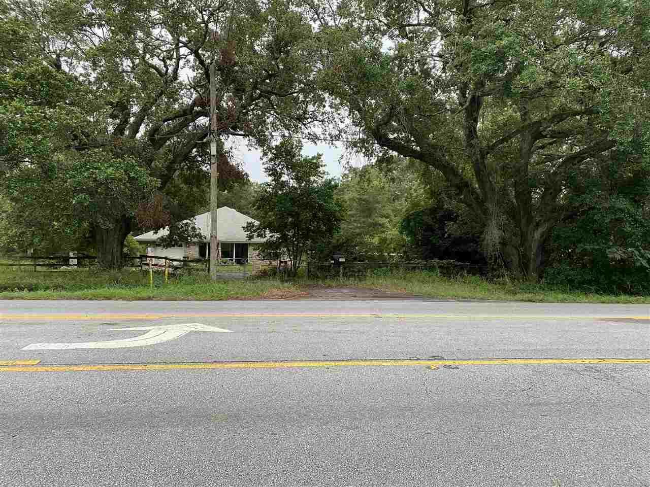 Pace                                                                      , FL - $500,000