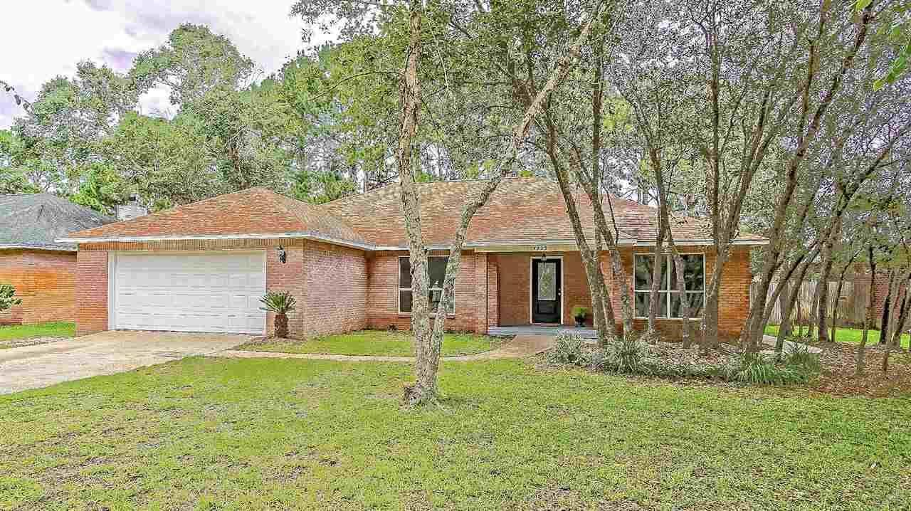 Gulf Breeze                                                                      , FL - $359,000