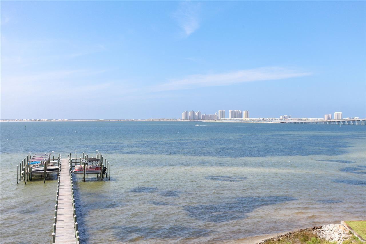 Navarre                                                                      , FL - $409,900