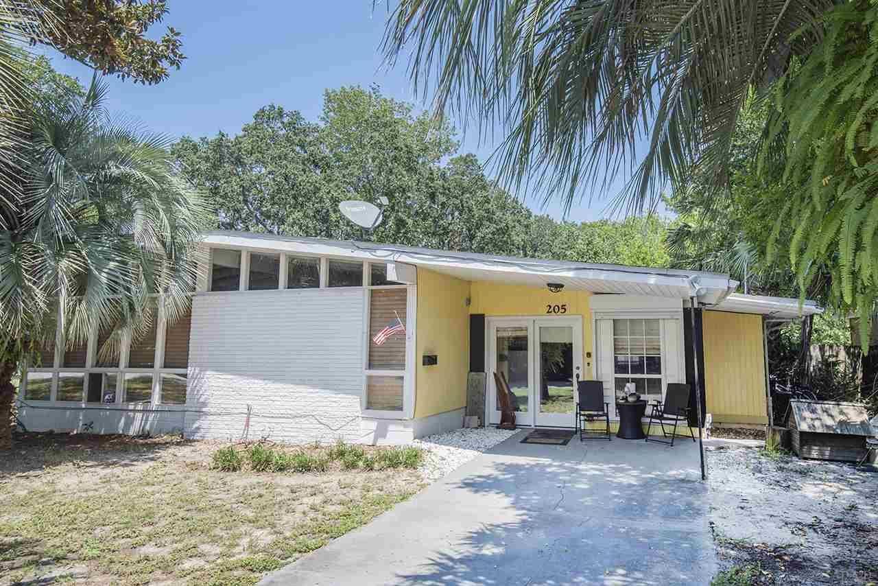 Gulf Breeze                                                                      , FL - $369,000