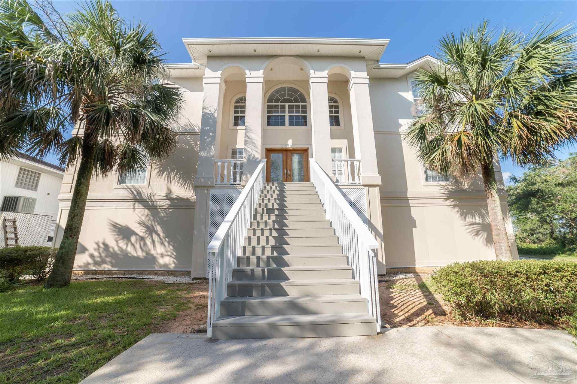 Pace                                                                      , FL - $875,000