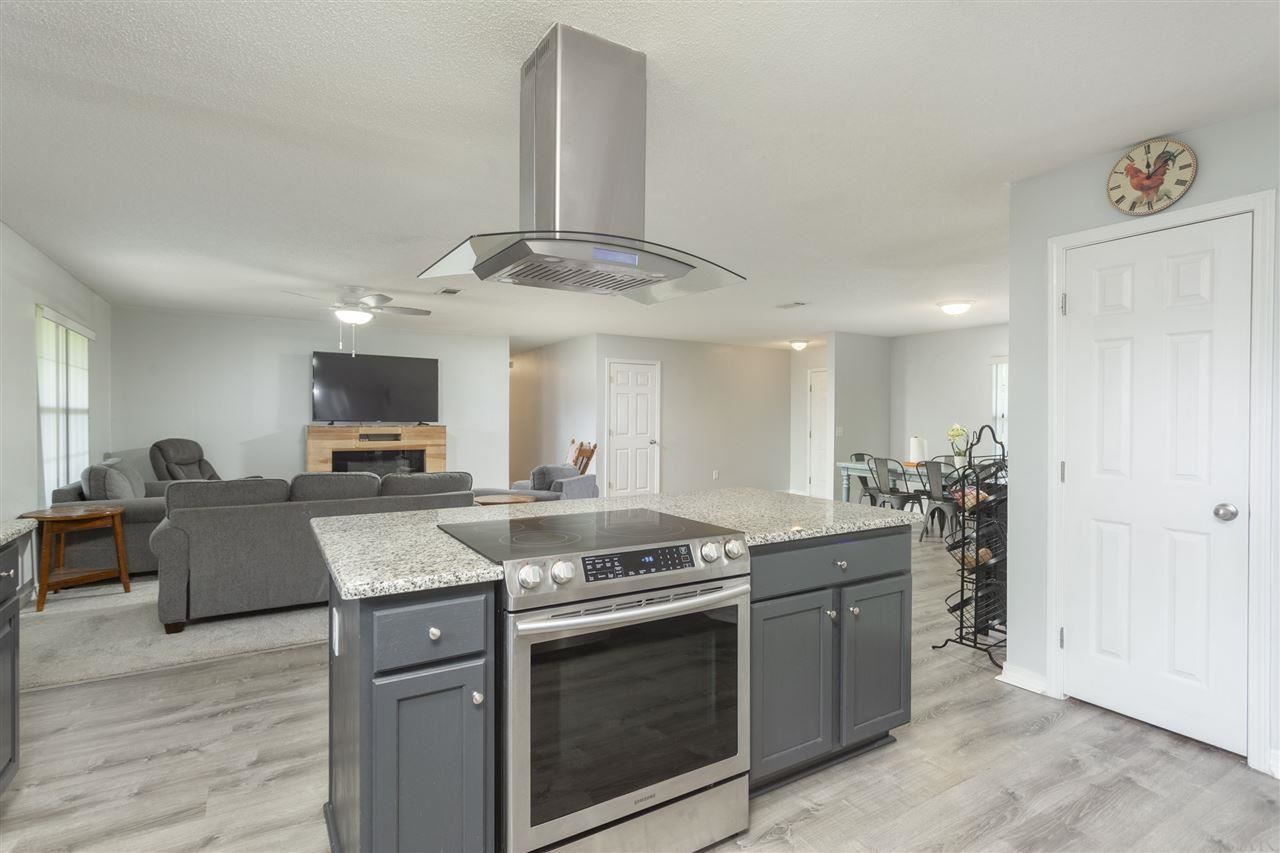 Property Image Of 516 Pinebrook Cir In Cantonment, Fl