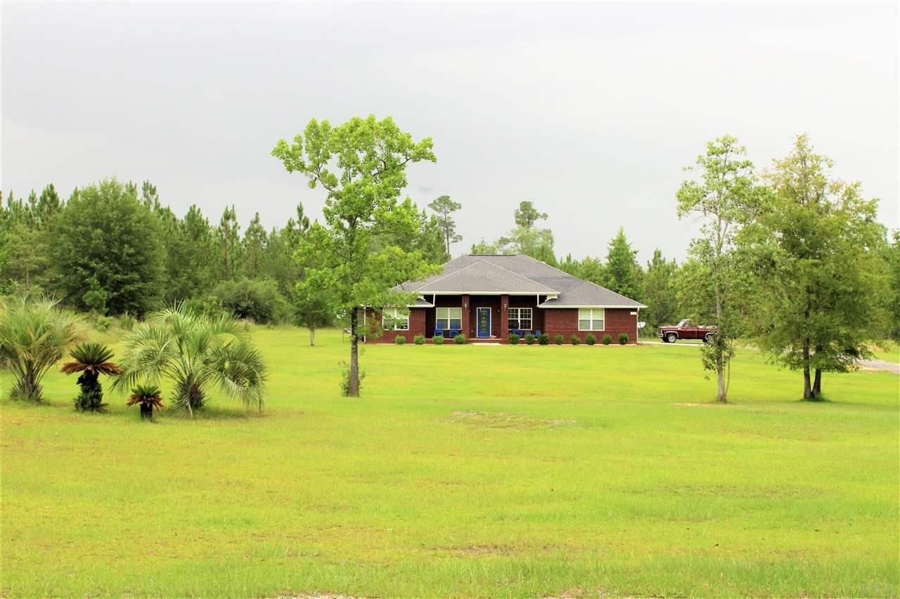 Property Image Of 5130 Dobson Rd In Jay, Fl