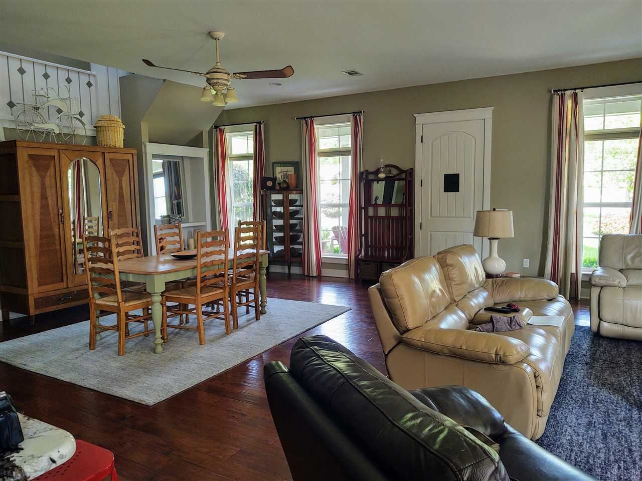 Property Image Of 8531 Foxtail Loop In Pensacola, Fl