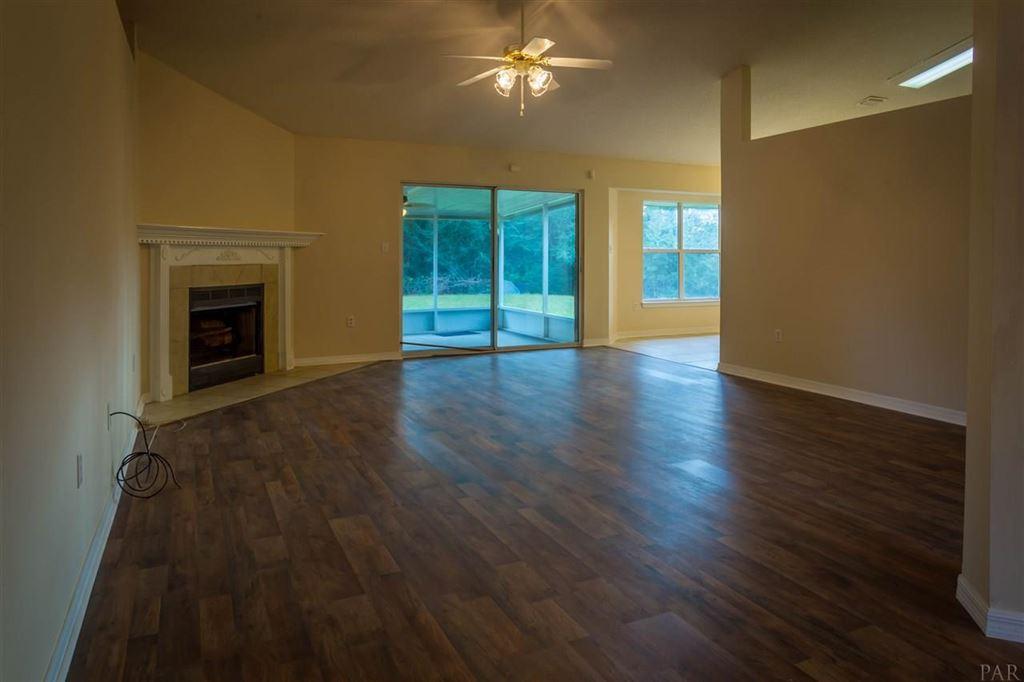 Property Image Of 6727 Flintwood St In Navarre, Fl