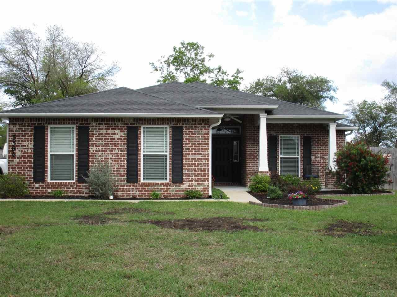 Property Image Of 5586 Cane Syrup Cir In Pace, Fl