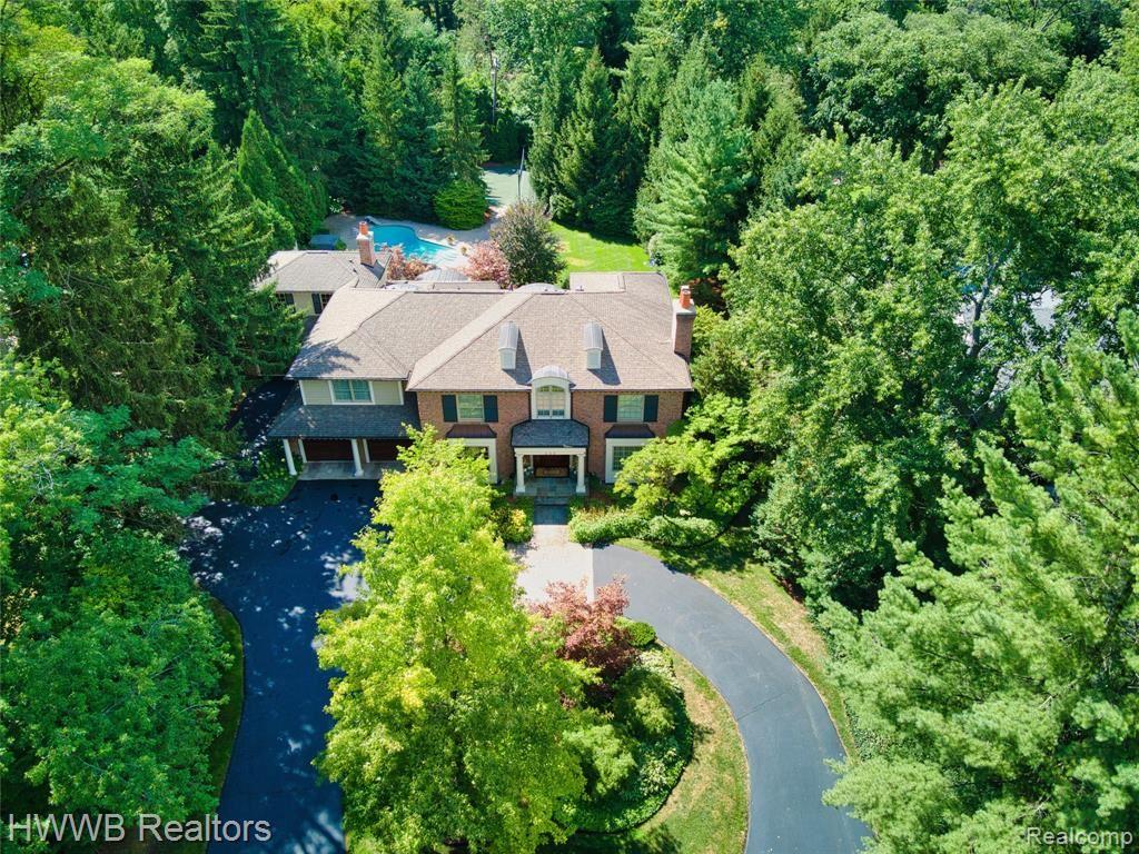 Birmingham,MI- $2,490,000