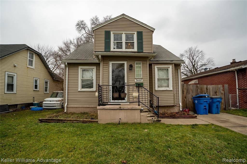 Dearborn Heights                                                                      , MI - $143,000