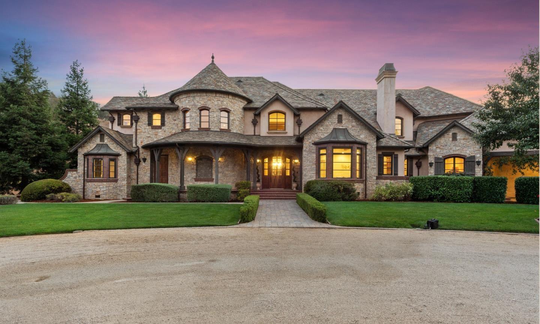 Morgan Hill                                                                      , CA - $4,295,000