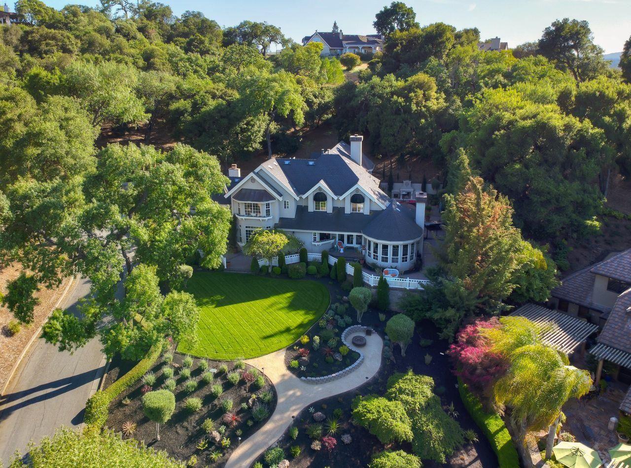 Morgan Hill                                                                      , CA - $1,999,999