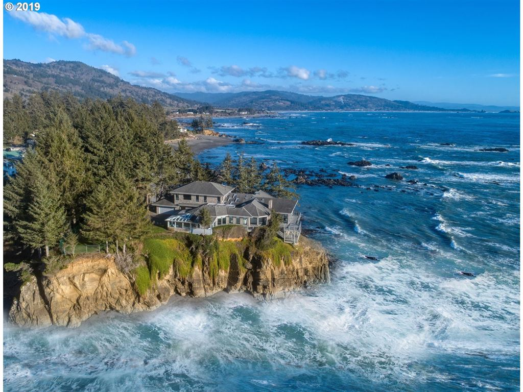 Brookings                                                                      , OR - $1,995,000