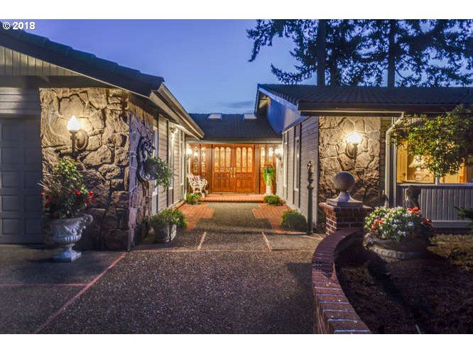 Vancouver                                                                      , WA - $1,395,000