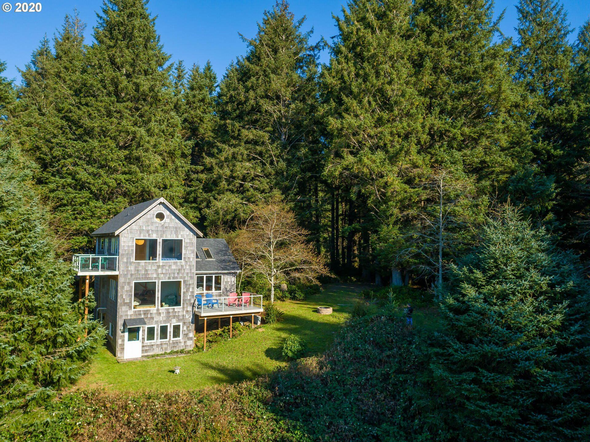 Cannon Beach                                                                      , OR - $1,750,000